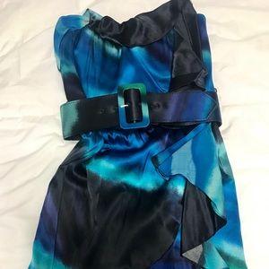 Beautiful strapless dress with belt